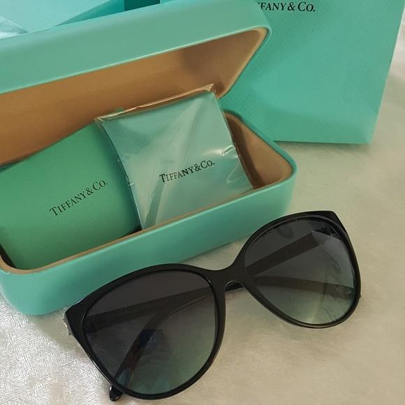 3557346126 Tiffany   Co Victoria Cat Eye Sunglasses